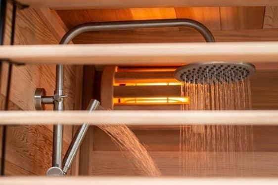 Sauna exterieur Leisure Purecube douche